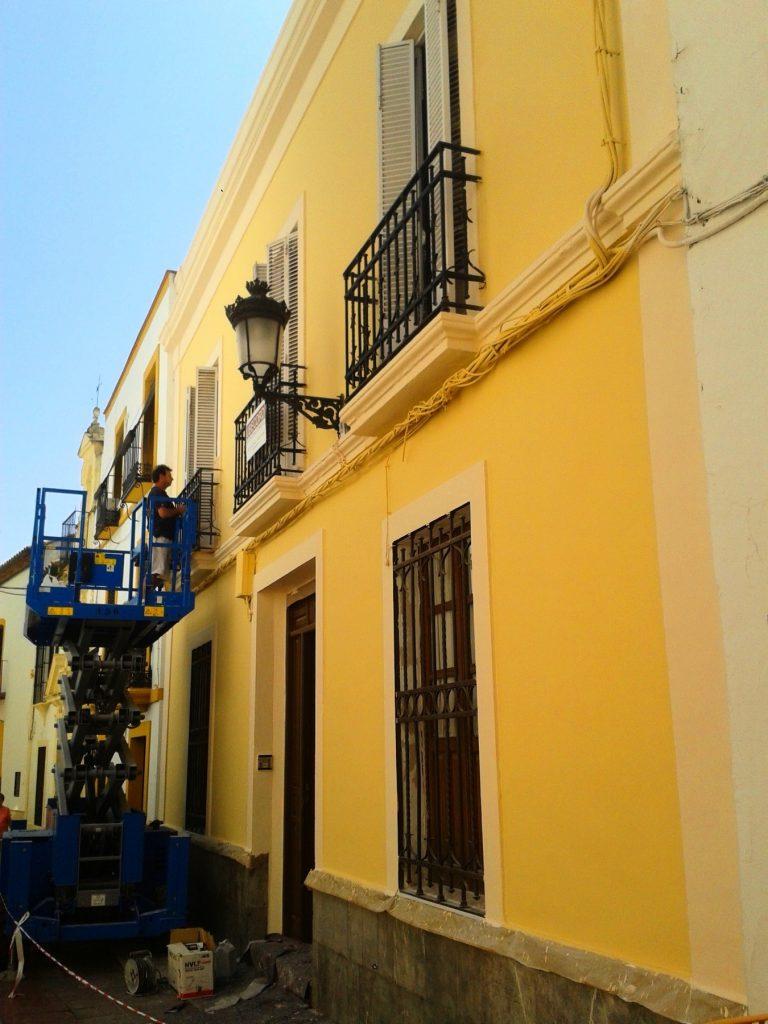 Reforma Fachada Zoilo. Ubecord Empresa de construcción y reformas en Córdoba, especializada en obras nuevas, rehabilitación y reformas